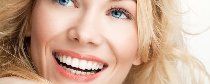 Top items you need in your bathroom for a white smile