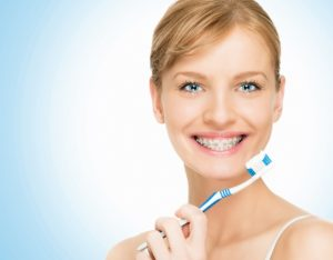 cleaning braces 2   Los Algodones Dentists