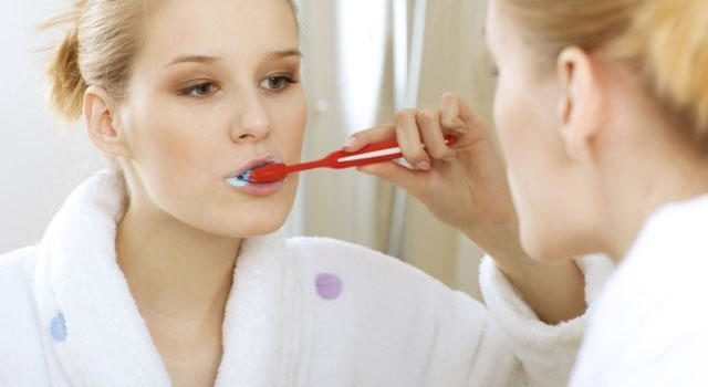 Top tricks for brushing your teeth perfectly