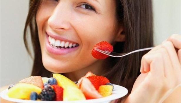 What are the best foods for a healthy smile?
